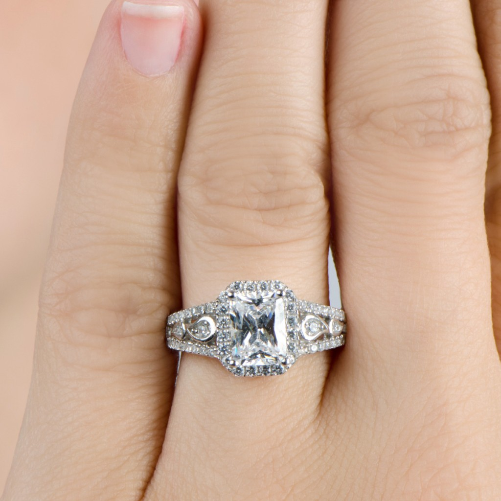 Why Selling Your Engagement Ring Online Is Your Best Option